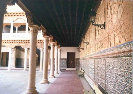 Historia del palacio ies liceo caracense guadalajara for Azulejos patio